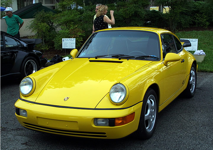 Mark T's Fly Yellow RSA winning second place in the 2003 PCA Parade National Concours.